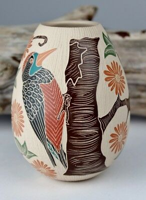 Mata Ortiz Pottery Guadalupe Melendez Sgraffito Woodpecker Bird Mexico Folk Art