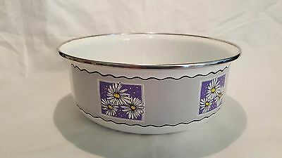 """White Metal Enamel COOKING BOWL ~ MIXING ~ Daisy with purple and gray 7"""" wide"""