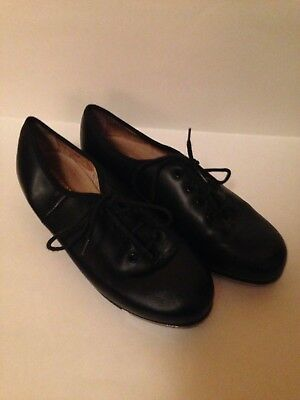 New low price for a Used but new looking capezio, gold series tap shoes
