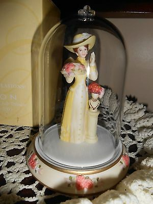 Avon, Mrs. P.F.E Albee, 2005-2006, Presidents Club, Mini, NIB