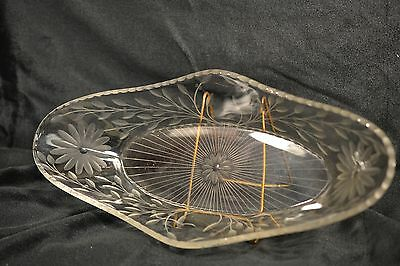 Ant Oval Crystal Relish Serving Celery Dish Scalloped Edge Acid Etched #51602H