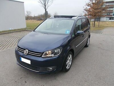 vw touran 2 0 tdi 140ps dsg ahk euro 4 scheckheft. Black Bedroom Furniture Sets. Home Design Ideas