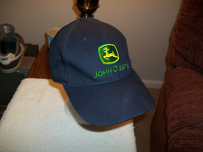 JOHN DEERE HAT offically licensed 'ONE SIZE FITS MOST' preowned vgc NO RESERVE