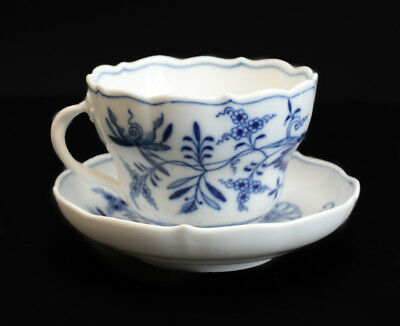 Meissen Blue Onion Large Tea Coffee Cup and Saucer, No indent. Blue on white