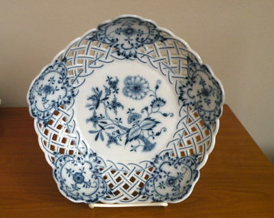 "Meissen Blue Onion Reticulated Pierced Serving Bowl 9""  Excellent"