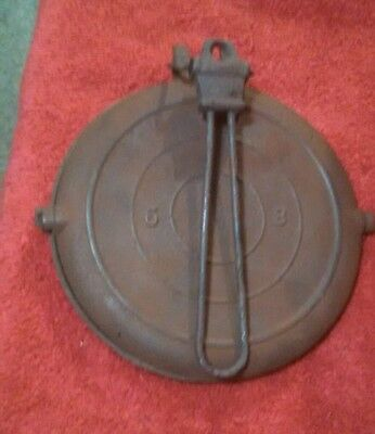 Antique Vintage  Cast Iron No. 8/9 Waffle Iron