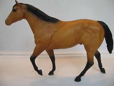 Breyer Traditional Stock Horse Stallion Buckskin Solid Face Black Points