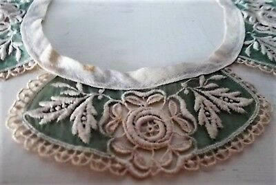 Vintage And Rare Embroidered Rose Design Lace Collar On Antique Green Netting