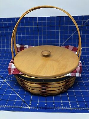 Longaberger 2002 All American Casserole Basket with Lid, Liner, and Protector