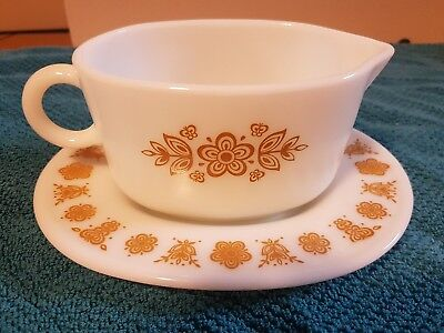 pyrex vintage butterfly gold gravy boat and underplate platter corning corelle