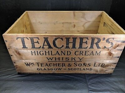 Vintage Teacher's Highland Cream Whisky Wooden Crate Glasgow Cleveland OH Stamp