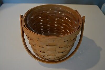 Longaberger 2004 Small Fruit Basket with Protector