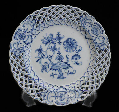 "Meissen Reticulated Dinner Plate, Blue Onion. 10 1/4"" Meissen Trident mark"
