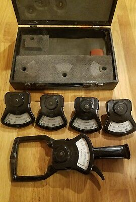 COLUMBIA ELECTRIC #D TONG TEST -CURRENT METER, 5 gauges and hard case 0-1000