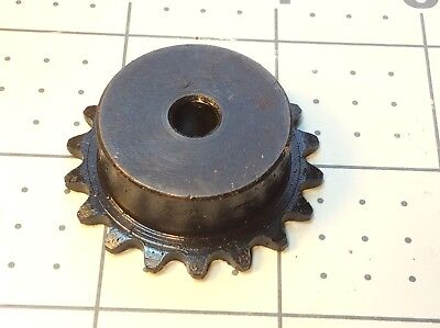 Browning 25B18 Sprocket 1/4 Bore 1/4 Pitch 18 Teeth 1.12 Hub OD 0.54 OAW #R300