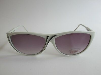 25acf0696d Bausch   Lomb Expressions Rare White Black Cat Eye Sunglasses Made in Italy