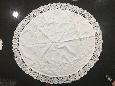 """Large Vintage Hand Crochet Oval Doily In White (33""""x37"""")"""