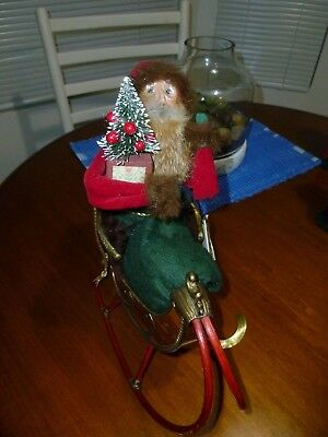 Byers Choice Retired 1998 Dyedt Moroz Russian Santa in Bamboo Sleigh w/hang tag