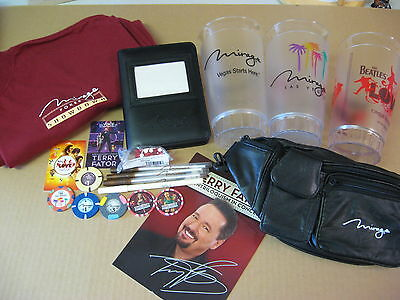 "The Mirage ""Ultimate"" lot...Terry Fator auto,chips,Mirage cups,pens photo album"