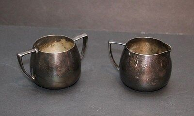 VINTAGE NOBILITY PLATE 1940s SUGAR AND CREAMER SET SILVER PLATE