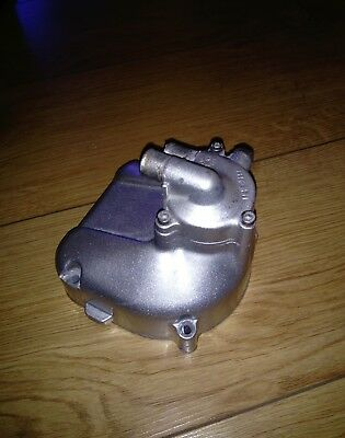 italjet formula twin 125 water pump cover housing magneto cover rare part