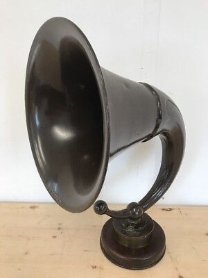 Brown Speaker Horn - Early Radio