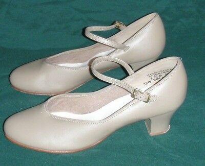 Character Dance Shoes Tan Mary Janes Womens Size 7.5 M Leather Soles Heels Used