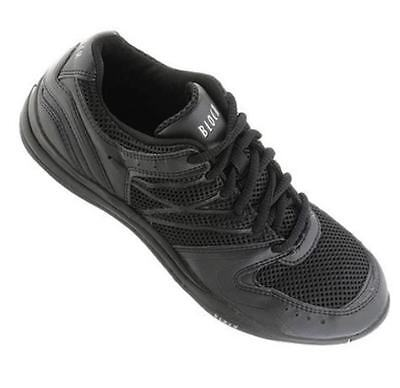 SO920 Black Dance Sneaker