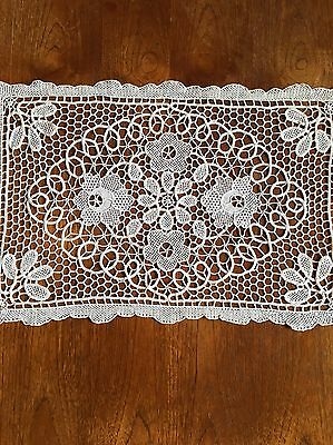 Vintage Ecru Battenberg Style Table Centrepiece Doily Wedding Vintage Bridal