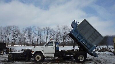 Ford F800 Plow truck & Chipper truck Leaf dump Truck Underbelly plow snow push