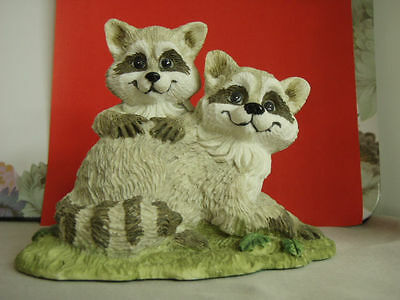 VTG Nature's Friends, Summit Collection, Raccoon Pair Figurine, mint condition