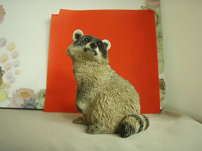 Vintage Stone Critters Raccoon figurine SC446, made in USA, mint