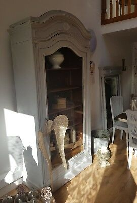 Original vintage French Louis XV Linen Press -  Armoire - Vitrine with glass