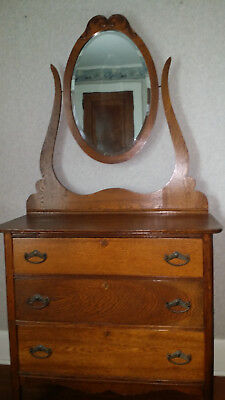 Antique Oak 3 Drawer Dresser with Beveled Oval Mirror in Excellent Condition