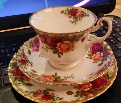 Vintage Royal Albert 'old Country Roses' Trio. Cup, Saucer Plate 1962. Freepost.