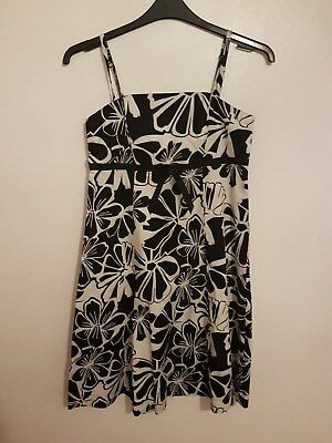 Ref 391 - F&F - Ladies Womens Girls Black & White Floral Strappy Dress Size 12