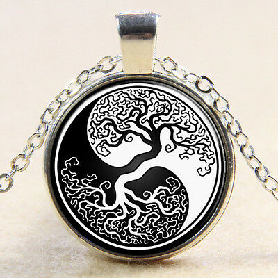 Vintage Yin Yang Tree of Life White Black Cabochon Pendant Silver Chain Necklace
