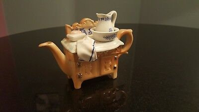 "PAUL CARDEW TEA POT "" Vintage Bath Face Wash Table / Top "" Good Condition"