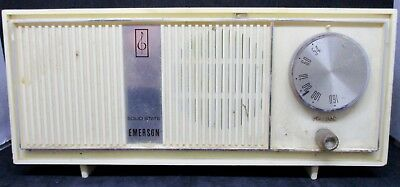 Vintage 1960s Emerson Solid State A M Table Top Radio Model 31T58 AS IS AS FOUND