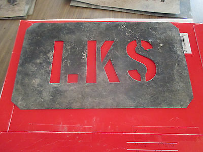"Lot=- 04-- Stencils  Shearing  Shed  Use--"" L K S ""--3  ""  Lettering  -A1  Order"