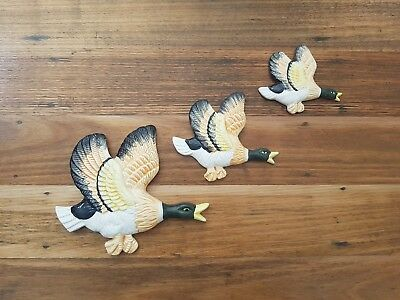 3 Flying Ducks Retro Vintage Kitsch