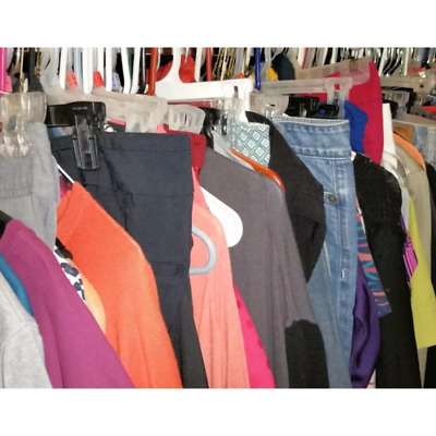 Small Lot of new brandname women clothes (mixed 50pcs wholesale closeout lot).