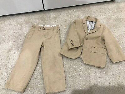 Baby Gap Boys Toddler Beige & White Pinstriped Suit - Size 3 - Pre-owned