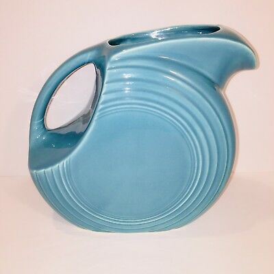 Vintage FIESTA WARE Turquoise Disc Water Pitcher 1938 - 1942 Homer Laughlin HLCo