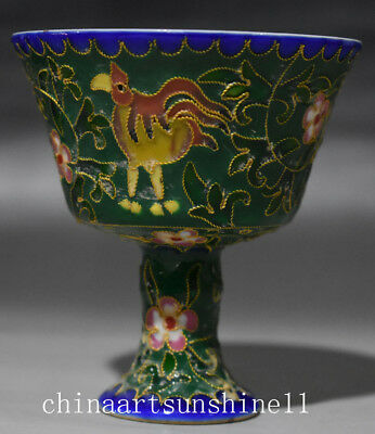 Exquisite Chinese collection Old Porcelain Handmade Carved Statue Goblet