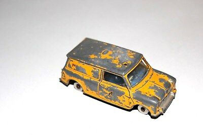Dinky Toys Yellow AA Services Mini Delivery Van # 274 With Spun Hubs !!