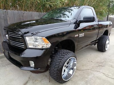 2014 Dodge Ram 1500 Express 2014 Dodge Ram 1500 Express Regular Cab 5.7L Hemi V8 Engine Super Nice Truck