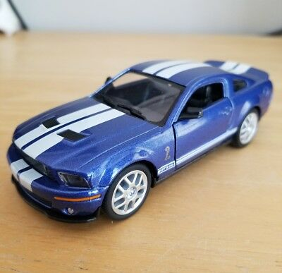 Kinsmart 2007 Ford Shelby Mustang GT 500 SVT 1:38 Blue with White Stripes
