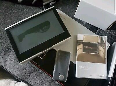NEW GENUINE AUDI MOBILE ENTERTAINMENT 1X Units + Accessories. A4,A5,A6,A7,Q7, RS