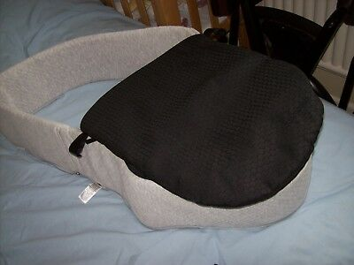Mothercare Orb Carrycot Lining And Apron In Black And Grey